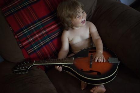 june 2014-guitar-07 (1 of 1)